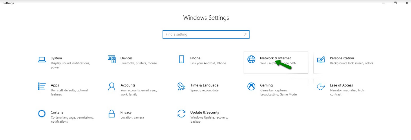 Green arrows point to Settings options in Windows 10